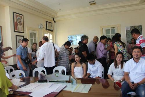 Wedding Solemnized by Mayor Mylyn Pineda- Cayabyab with the assistance of the LCRO (24)